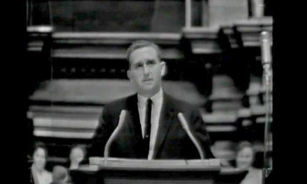 Vídeo: El Primer Discurso de Thomas s. Monson