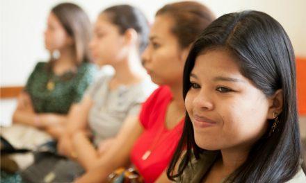 La iglesia lanza nuevo estilo de garment para mujeres