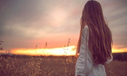 """Qué Significa """"Profetisa"""" y cómo las mujeres de hoy pueden convertirse en una"""