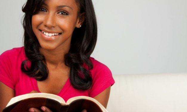 6 consejos para lograr que tu hijo adolescente lea El Libro De Mormón