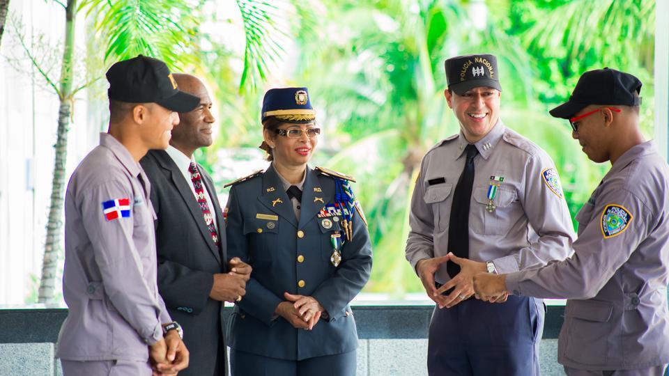 Policías mormones son condecorados en República Dominicana