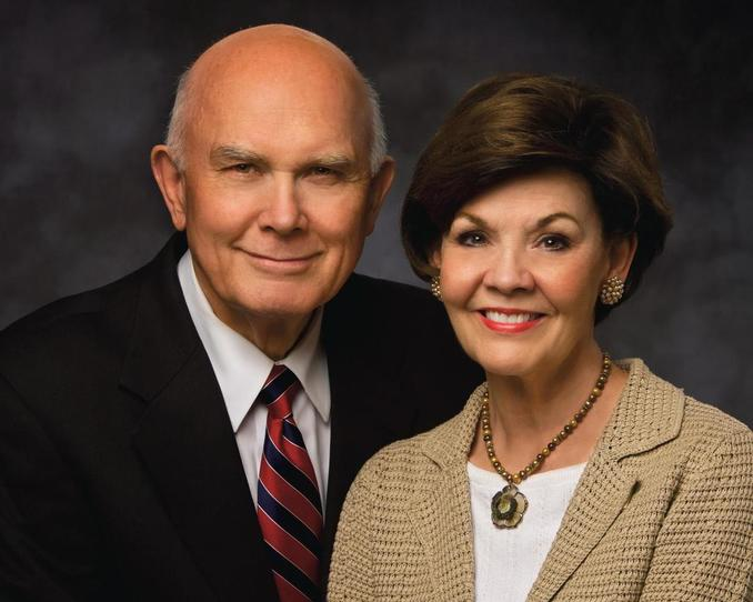 Elder y Hermana Oaks