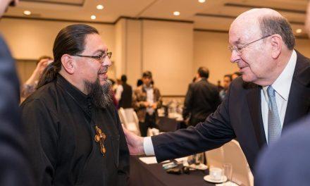 Apóstol mormón en defensa de la libertad religiosa en Guatemala