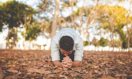 """Deja de decirme que """"siga orando más"""" – Cómo llegar a ser más como Cristo"""