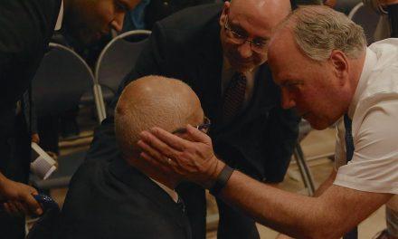 Apóstol mormón visitó Alemania, Cabo Verde y los Países Bajos