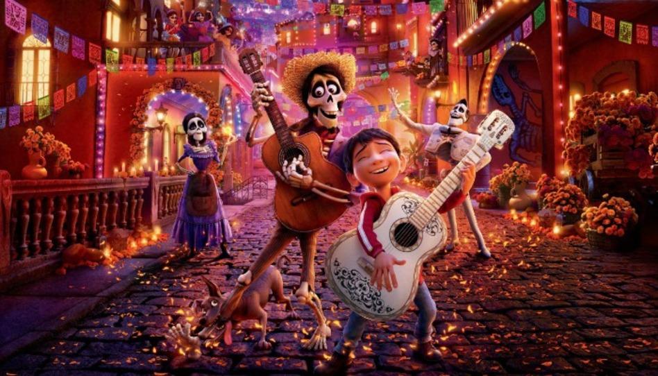 """Por qué """"Coco"""" de Disney Pixar despierta tiernos sentimientos en nosotros"""