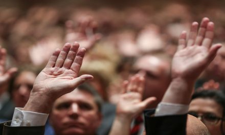 """Lo que el """"Washington Post"""", """"NPR"""" y otros medios de comunicación dijeron sobre los nuevos Apóstoles"""