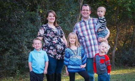 Familia Mormona pierde a ambos padres y recién nacido en un accidente cuando de regresaban a su casa después de ir al templo