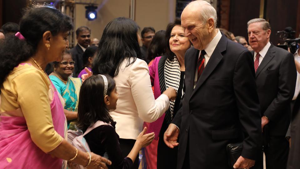 La hermosa experiencia del presidente Nelson en la India