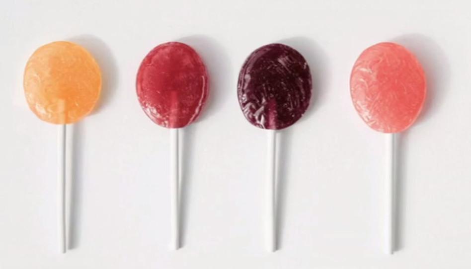 """Mereces comer"": la organización sin fines Beauty Redefined critica a Kim Kardashian por promover paletas de caramelo que reprimen el apetito"