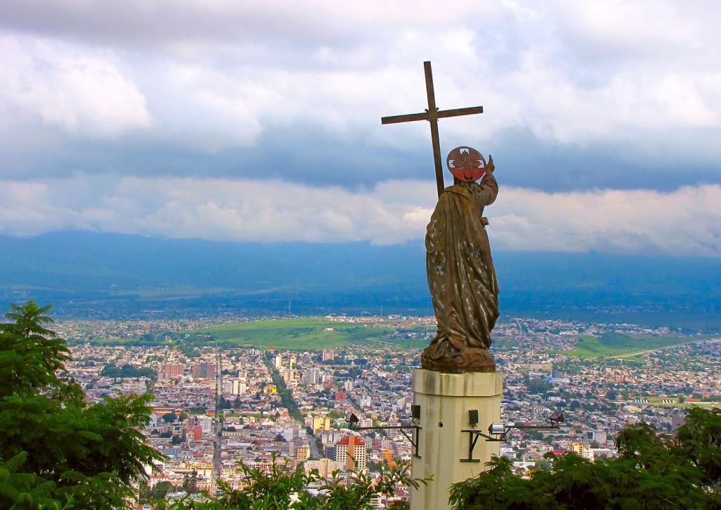 mormones y agentes municipales en Argentina