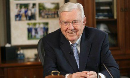 En el Quórum de los Doce Apóstoles: ¿Qué aprendió el Presidente Ballard durante más de 40 años de servicio?