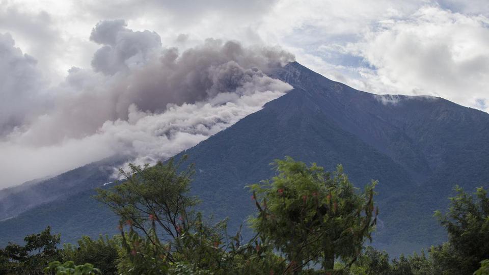 Milagros en medio del Volcán Fuego