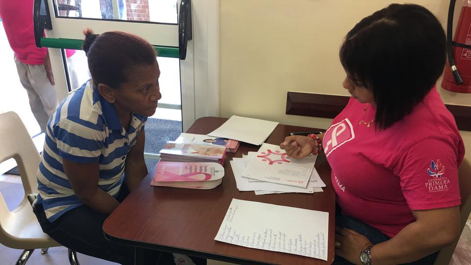 Mormones dominicanos contribuyen en la prevención contra el Cáncer de Mama
