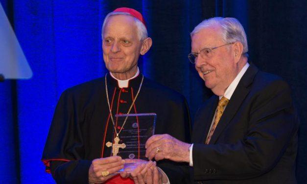 Mormones honran al líder católico por su compromiso con la libertad religiosa