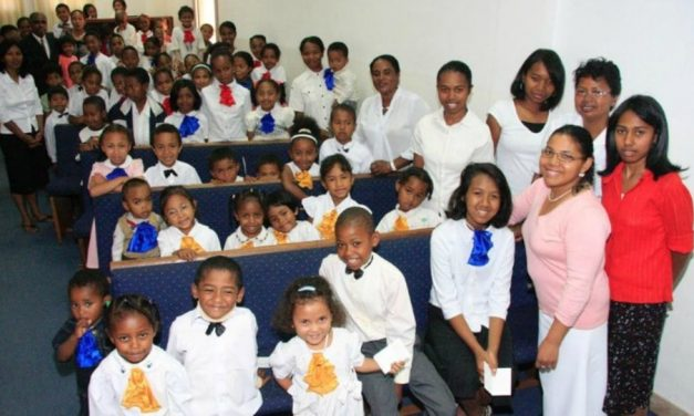 La raza y el sacerdocio en la Iglesia de Jesucristo de los Santos de los Últimos Días