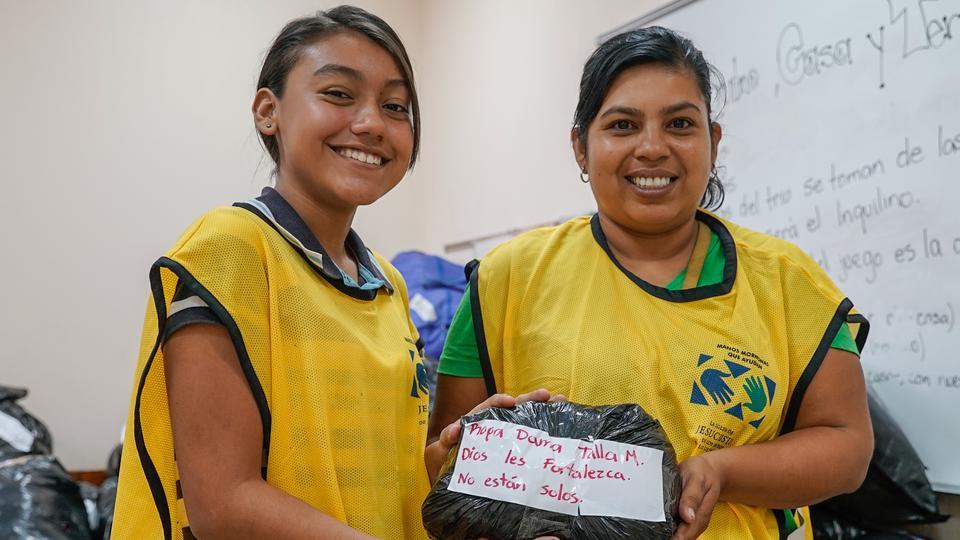 El conmovedor vídeo de los mormones rescatando a las víctimas del volcán Fuego