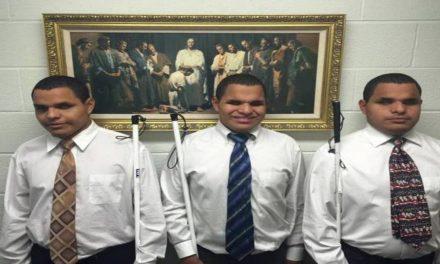 Cómo un Abogado mormón invidente adoptó a trillizos invidentes y formó una familia eterna