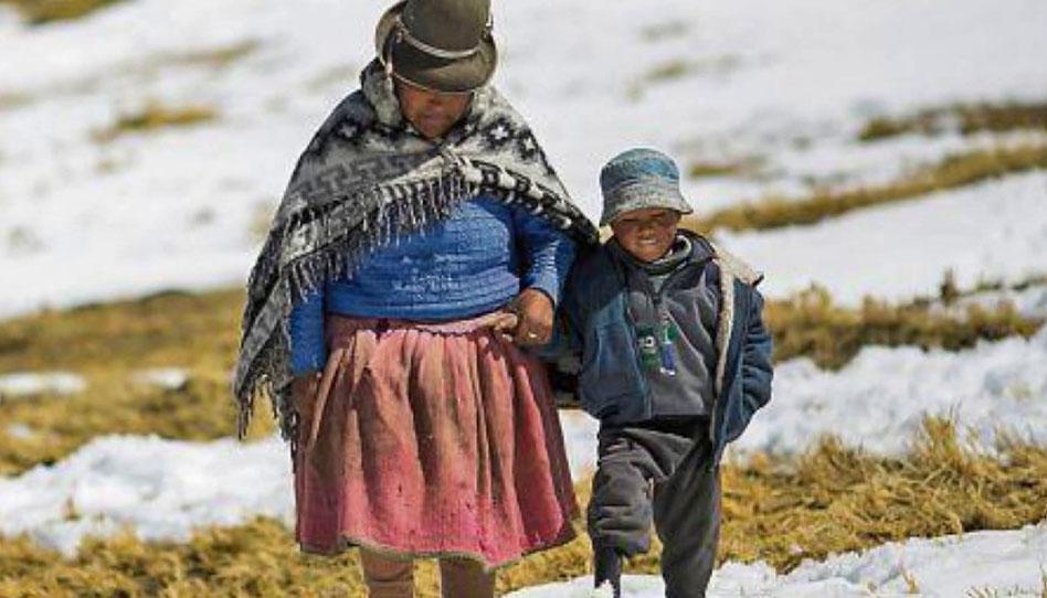 Mormones realizan donación que abrigará a cientos de bolivianos