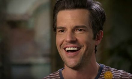 Vocalista de la banda The Killers, Brandon Flowers, comparte su creencia mormona en una entrevista