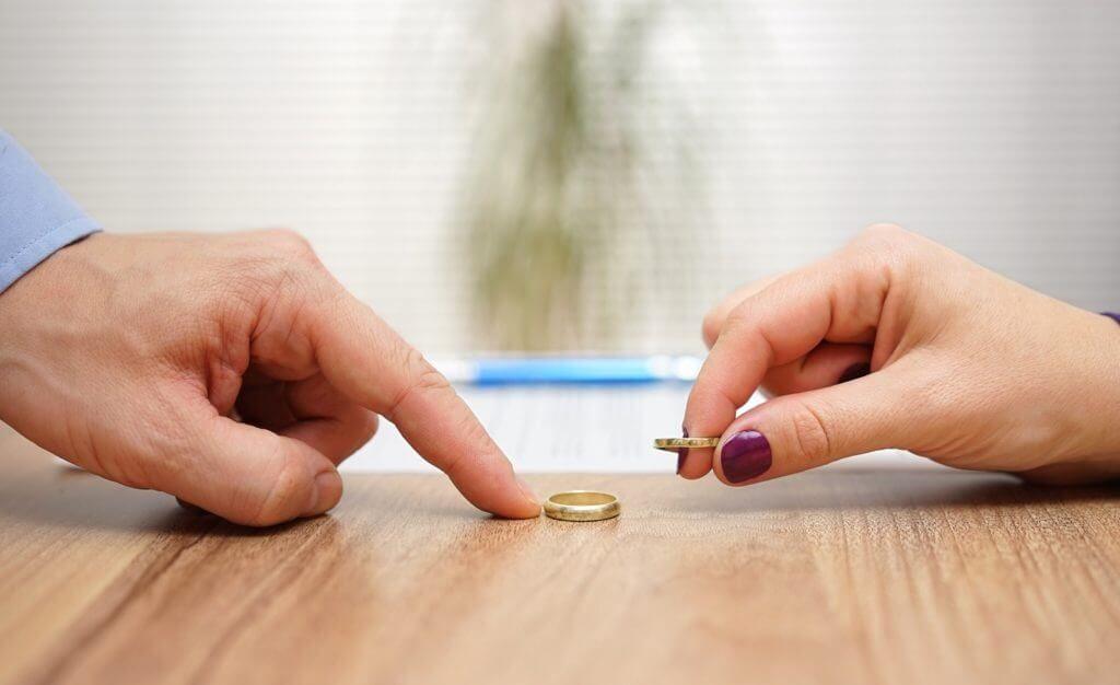divorcio ministrar