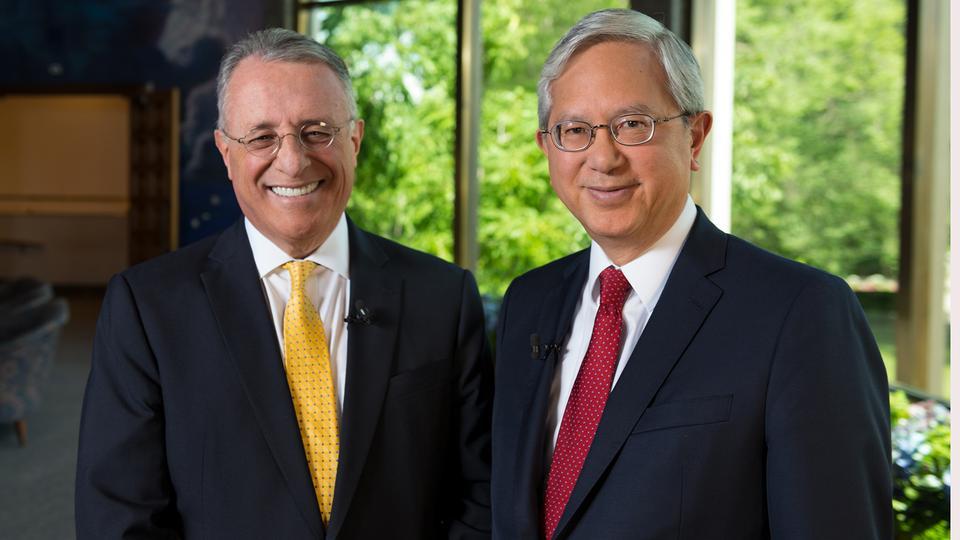 dos nuevos apóstoles
