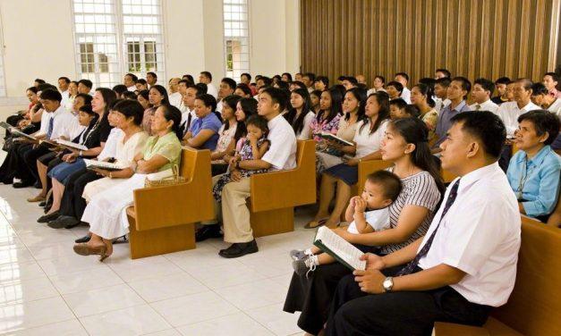 10 tipos de personas que puedes encontrar en una reunión sacramental