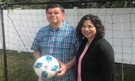 La Hermana Aburto comparte el milagro que su familia experimentó en la Copa Mundial de Fútbol