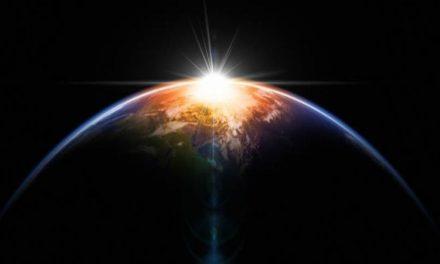 El astronauta Jake Garn y el efecto espiritual que brinda ver la Tierra desde el espacio exterior