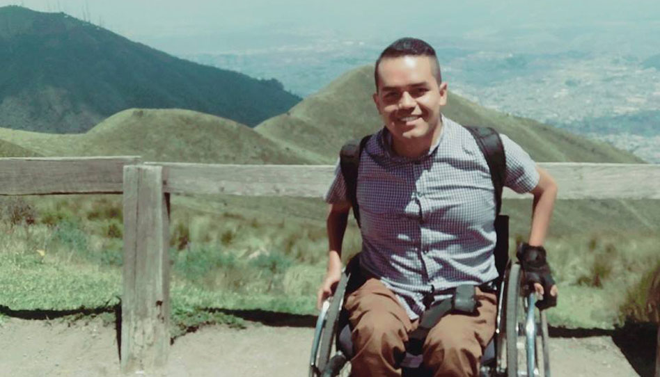 Un gigante sobre ruedas, joven mormón