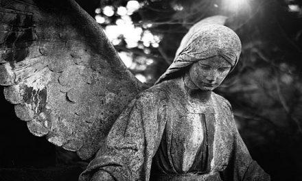 """""""Necesitamos ayuda"""" – Cuando un ángel llamó a un hombre para que trabaje al otro lado del velo"""