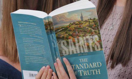 """El nuevo libro """"Santos: La historia de la Iglesia de Jesucristo en los últimos días"""" cubre temas controversiales"""