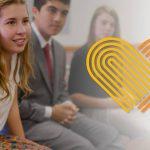 nuevo lema de la Mutual 2019 para los hombres y las mujeres jóvenes