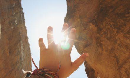 Lo que sabemos acerca de discernir entre los espíritus buenos y malos
