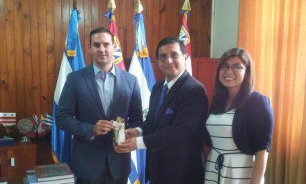 Lo que dijo un líder político sobre la Iglesia en El Salvador