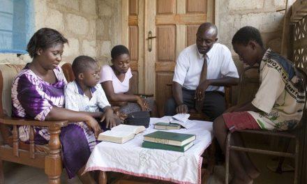 Un vistazo al plan de estudios, centrado en el hogar, de La Iglesia para el 2019