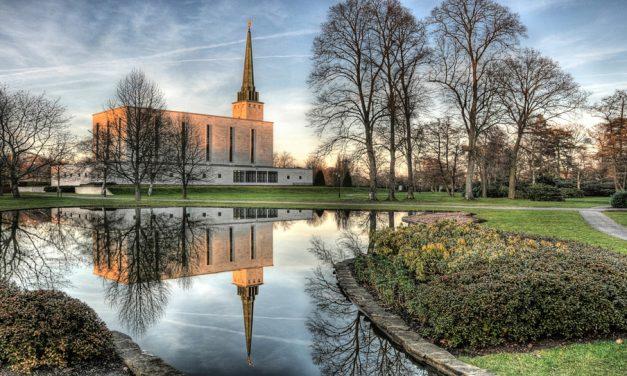 Detalles y hechos interesantes sobre el Templo de Londres en su 60 aniversario