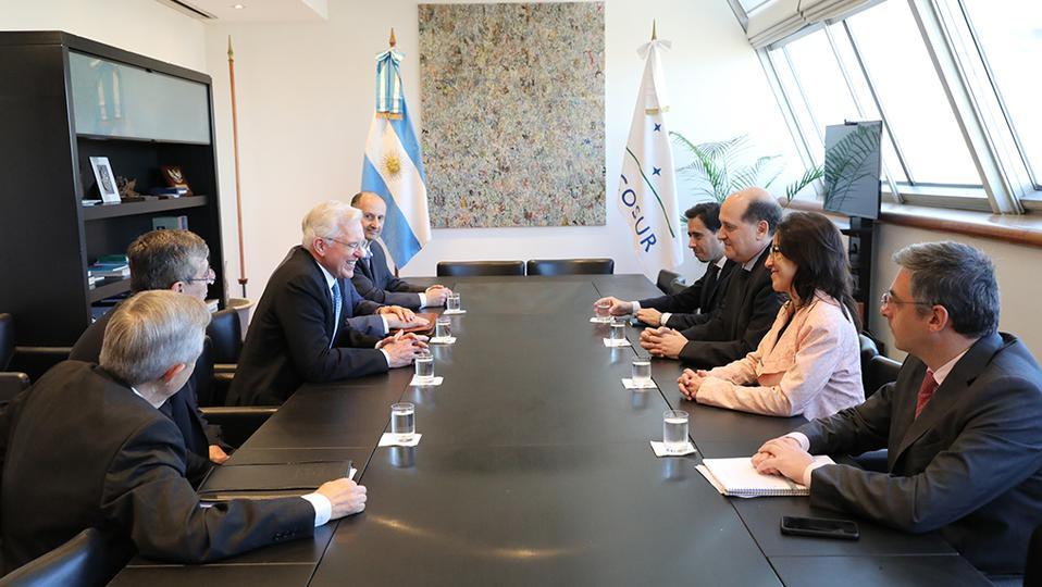 Élder Christofferson y el contundente mensaje que ofreció en Argentina