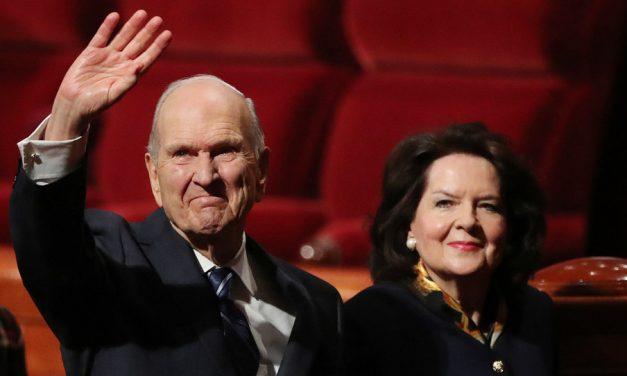 El presidente y la hermana Nelson comienzan su gira en Latinoamérica