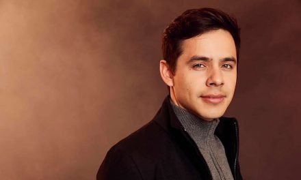 "Mira: David Archuleta lanza un pegajoso video musical, ""Christmas Every Day"""