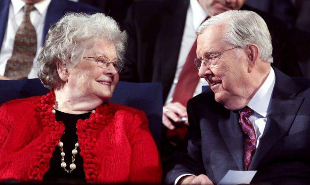 Fallece la Hna. Ballard, esposa del Presidente M. Russell Ballard