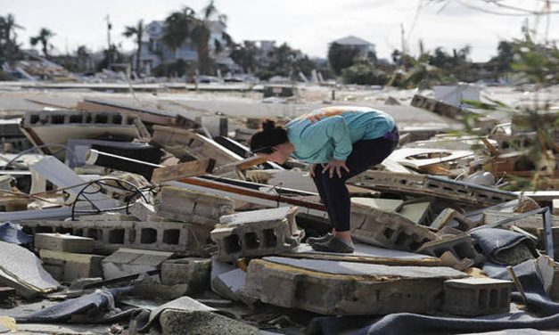 Algunos Santos de los Últimos Días quedan atrapados en sus casas mientras los esfuerzos de limpieza comienzan después del huracán Michael