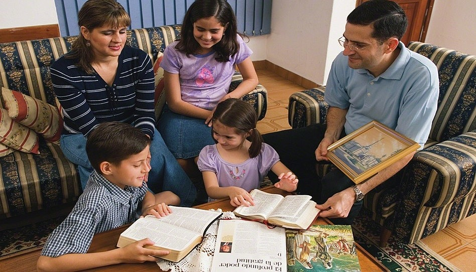 3 Consejos para crear un hogar más centrado en Cristo