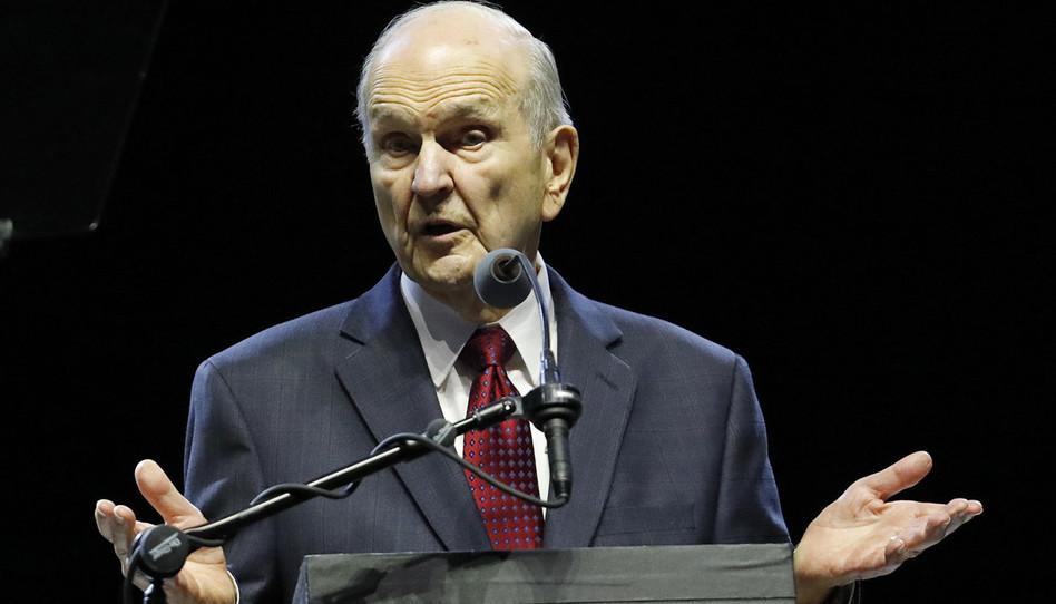 """El Presidente Nelson en Texas: Una perspectiva eterna te ayudará a soportar las """"tormentas difíciles"""""""