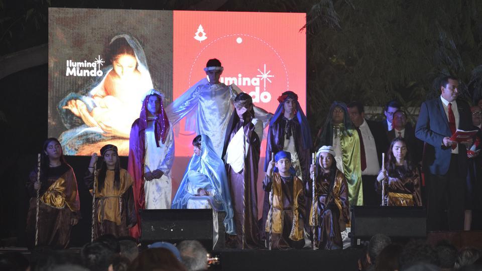 """Así se vivió Ia tierna campaña """"Ilumina el Mundo"""" en Latinoamérica"""