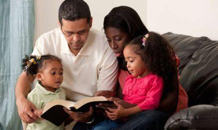 11 formas de hacer que tus hijos escuchen una lección orientada al Evangelio