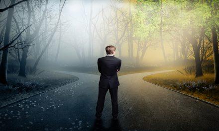 ¿Dios sabe qué decisiones tomaré antes de que las tome?