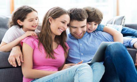 Nefi vs. Netflix: 5 formas sencillas de inundar tu hogar con el Libro de Mormón