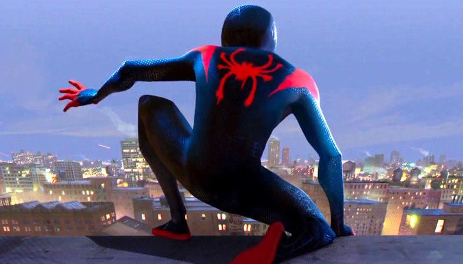 """Crítica de CTR Movies: Lo que los padres deben saber sobre """"Spider-Man: Un Nuevo Universo"""" antes de verla con su familia"""