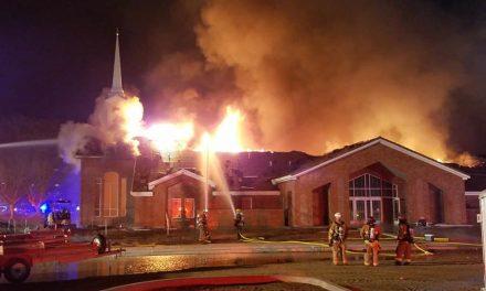 Incendio acaba con un centro de Estaca que recién se había remodelado